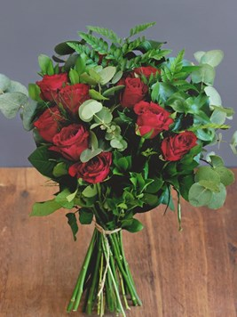 TFG: Premier Red Rose Bouquet