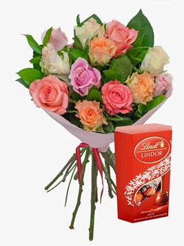 Bouquets: Mixed Pastels with Lindt Lindor