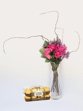 Arrangements: Small and Stylish with Ferrero Rocher