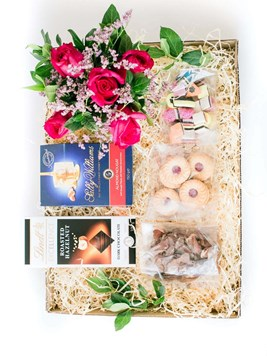 Snack & Gift Hampers: Joyful Gift Box